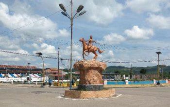 Patung Kuda Kota Waikabubak