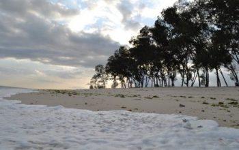 Wisata Pantai Mananga Aba Sumba