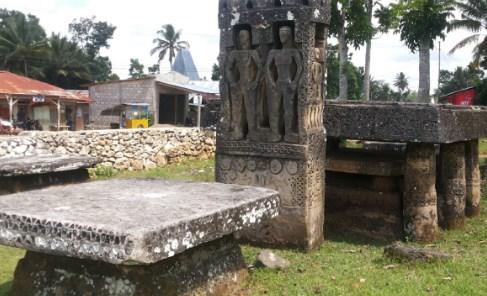 Komplek Kuburan Megalitik di Sumba
